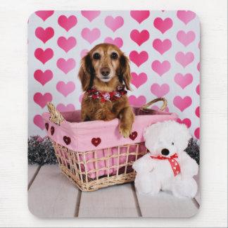 Der Tag des Valentines - Mollie - Dackel Mauspad