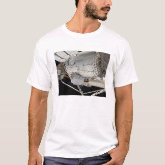Der unter Druck gesetzte fügende Adapter 3 2 T-Shirt