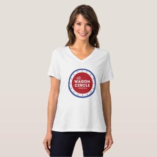 Der V-Hals WC-Frauen rotes weißes und blau T-Shirt
