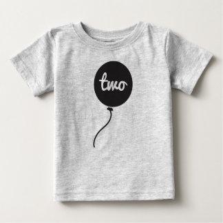 Des Babys an zweiter Stelle Grau der Baby T-shirt