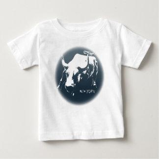 Des Babys Baby-Stier-Andenken-Shirt das New- Shirts