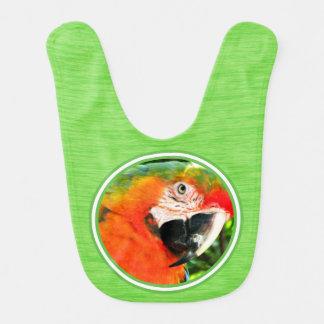 Des Macaw-Baby-Scharlachrot Schellfisch-- Grün Lätzchen