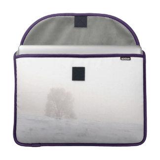 Desaturated Nordschnee deckte einzigen Baum-Kasten Sleeve Für MacBooks