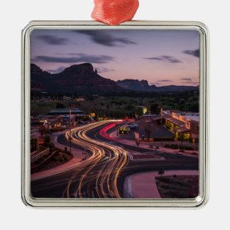 deserttrails quadratisches silberfarbenes ornament