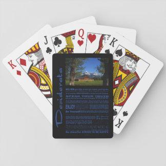 Desiderata-Gedicht-alleine Scheune bei großartigem Spielkarten