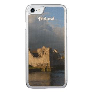 Desmond Schloss in Adare Irland Carved iPhone 8/7 Hülle