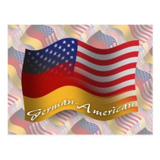 Deutsch-Amerikanische wellenartig bewegende Flagge Postkarte