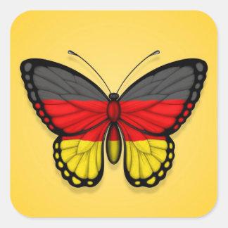 Deutsche Schmetterlings-Flagge auf Gelb Quadratischer Aufkleber