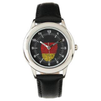 Deutsche Touchfingerabdruckflagge Uhr