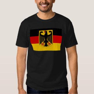 Deutsches Wappen auf Flagge Hemd