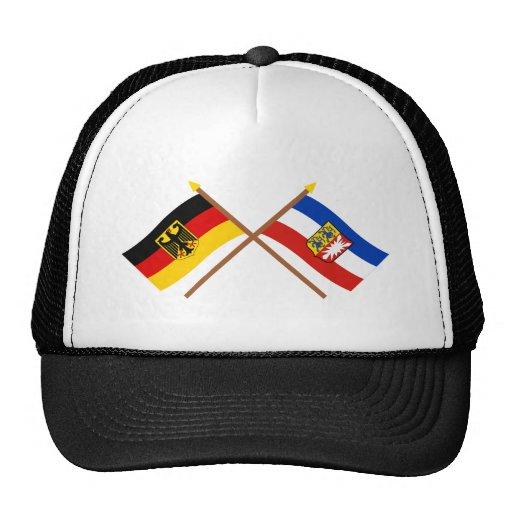 Deutschland u. Schleswig-Holstein Flaggen, gekreuz Kult Mützen