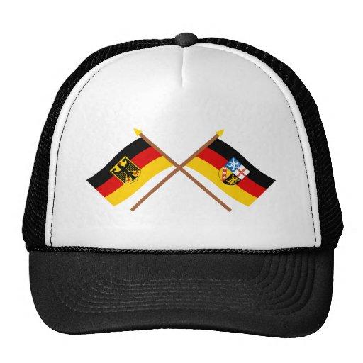 Deutschland und Saarland Flaggen, gekreuzt Trucker Mütze
