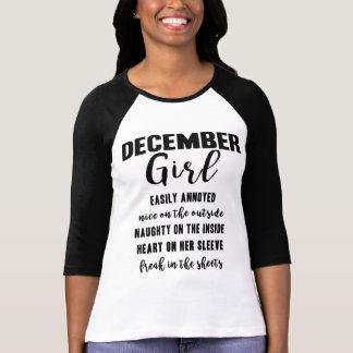 Dezember-Mädchen-Geburtstags-Geschenk-lustiges T-Shirt