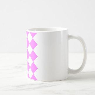 Diag kariertes großes - Weiß und ultra Rosa Kaffeetasse