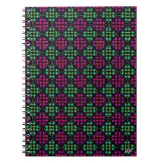 Diagonales Mosaik-Fliesen-Notizbuch 2 Spiral Notizbücher