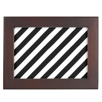 Diagonales Streifen-Schwarzweiss-Muster Erinnerungsdose