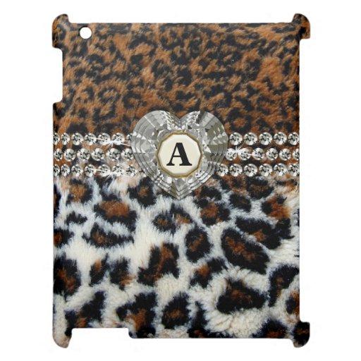 Diamanten und Herzen auf wildem Leopard-Pelz iPad iPad Schale