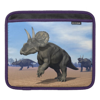 Diceratops/nedoceratops Dinosaurier in der Wüste iPad Sleeve