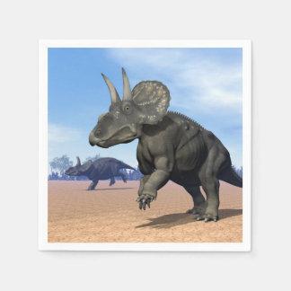 Diceratops/nedoceratops Dinosaurier in der Wüste Papierserviette