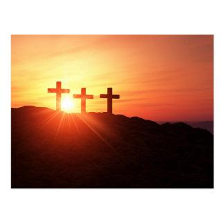 Die 3 Kreuze auf dem Gipfel bei Sonnenuntergang Postkarte