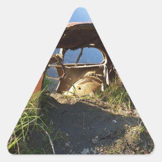 Die alten Autos von Eklutna Tailrace Dreieckiger Aufkleber