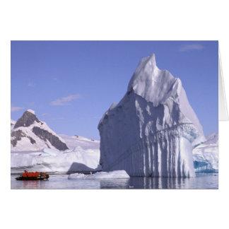 Die Antarktis, antarktische Halbinsel. Zodiak und Karte