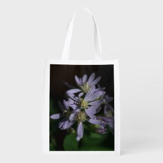 Die Aster-lila Fall-Wildblume-wiederverwendbare Wiederverwendbare Einkaufstasche