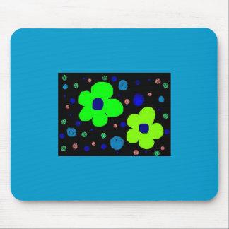 Die Blume des Kindes, die mit Punkte mousepad zeic