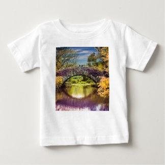 Die Brücke Baby T-shirt