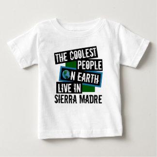Die coolsten Leute auf Erde leben in der Sierra Baby T-shirt