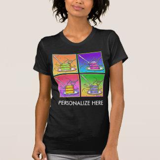 Die dunklen T-Shirts der Frauen - Pop-Kunst-Kuchen
