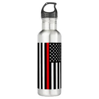 Die dünne rote Linie amerikanische Flagge auf a Trinkflasche