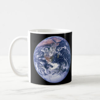 Die Erde gesehen von Apollo 17 alias der blaue Mar Kaffee Haferl