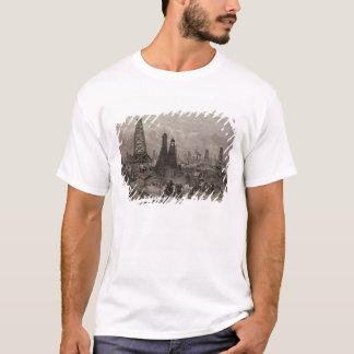 Die Erdöl-Ölquellen in Baku auf dem kaspischen T-Shirt