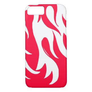 Die Flammen laufen rot iPhone 7 Hülle