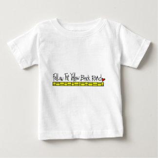 Die gelbe Ziegelstein-Straße Baby T-shirt