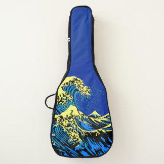 Die große Hokusai Welle in der blauen gelben Gitarrentasche