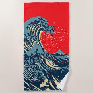 Die große Hokusai Welle in der vibrierenden Strandtuch