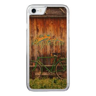 Die grünen Wahlen des Fahrrad-1 Carved iPhone 8/7 Hülle