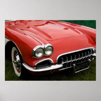 die Haube eines Klassikersportautos Plakate