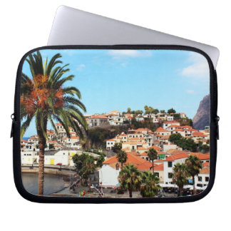 Die Hauptstadts-Stadt von Funchal in Madeira Laptop Sleeve