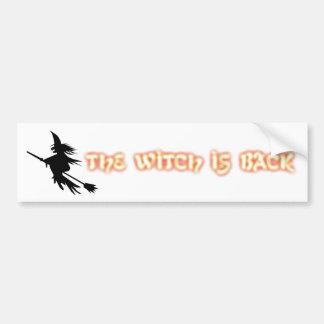 Die Hexe ist zurück | lustiges Halloween orange Autoaufkleber