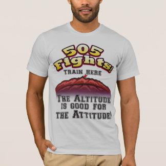 Die Höhe ist für das Atitude gut! T-Shirt