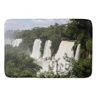 Die Iguaçu-Wasserfälle, Argentinien, Südamerika Badematte