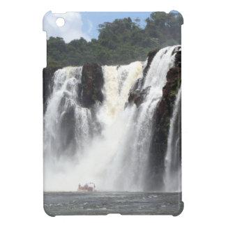 Die Iguaçu-Wasserfälle und Boote, Argentinien iPad Mini Hülle
