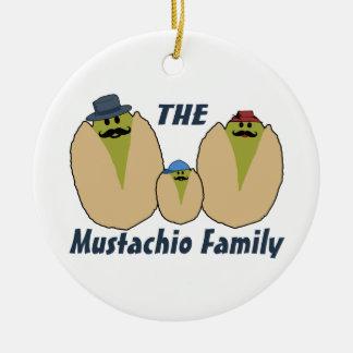 Die italienische Mustachio-Familie Keramik Ornament