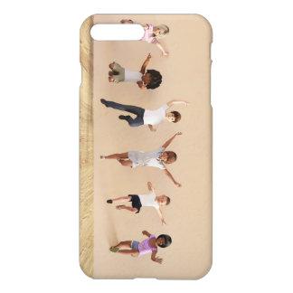 Die Kinder das Spielen innerhalb der iPhone 7 Plus Hülle