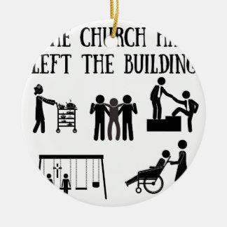 Die Kirche hat das Gebäude verlassen Keramik Ornament