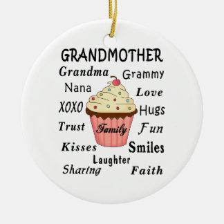 Die kleinen Kuchen der Großmutter für Großmütter Keramik Ornament