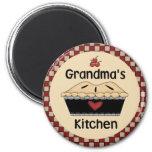 Die Küchen-Kühlschrankmagnet der Großmutter